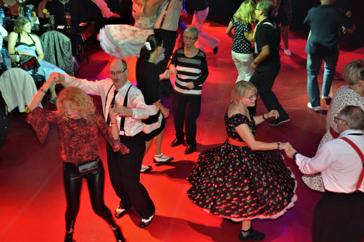 "Dance-Party 15.11.19 mit ""The Silverballs"""
